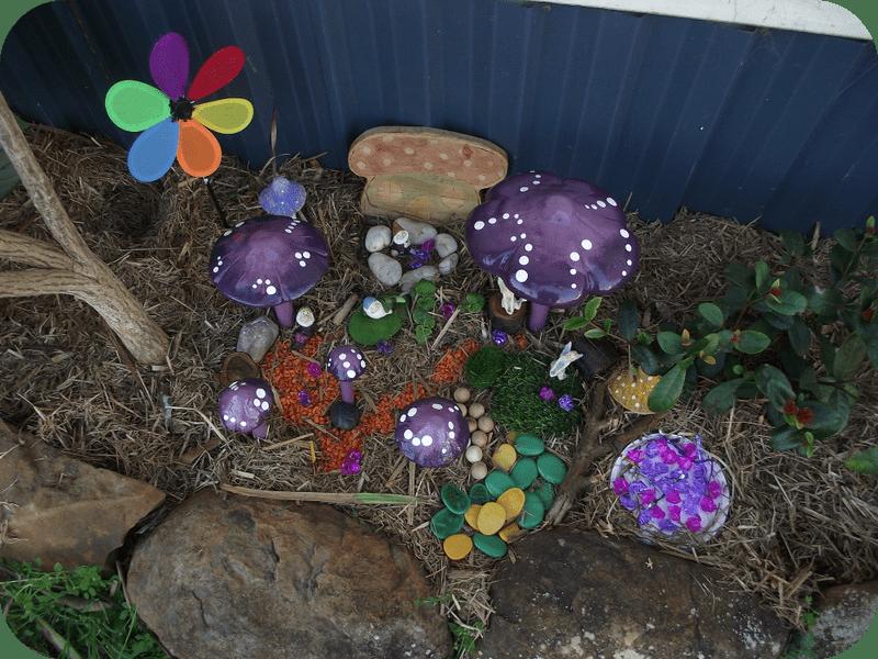 Easy Toddler Fairy Garden via Mummy Musings and Mayhem