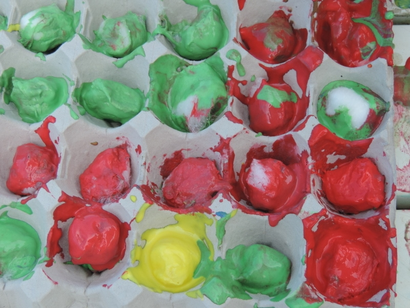 An easy recipe for making colourful baked cotton balls to use for play and learning. Find out how at mummy musings and mayhem.