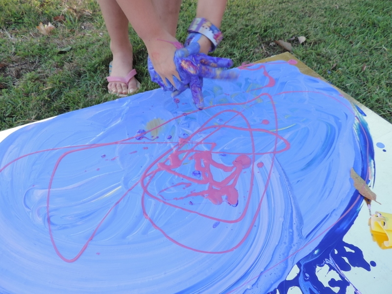 A simple, budget friendly sensory play activity that encourages toddlers and older children to get messy & paint using their whole body and the senses. Easy activity for home, early years teachers, homeschool, early childhood educators, family daycare and childcare centres!