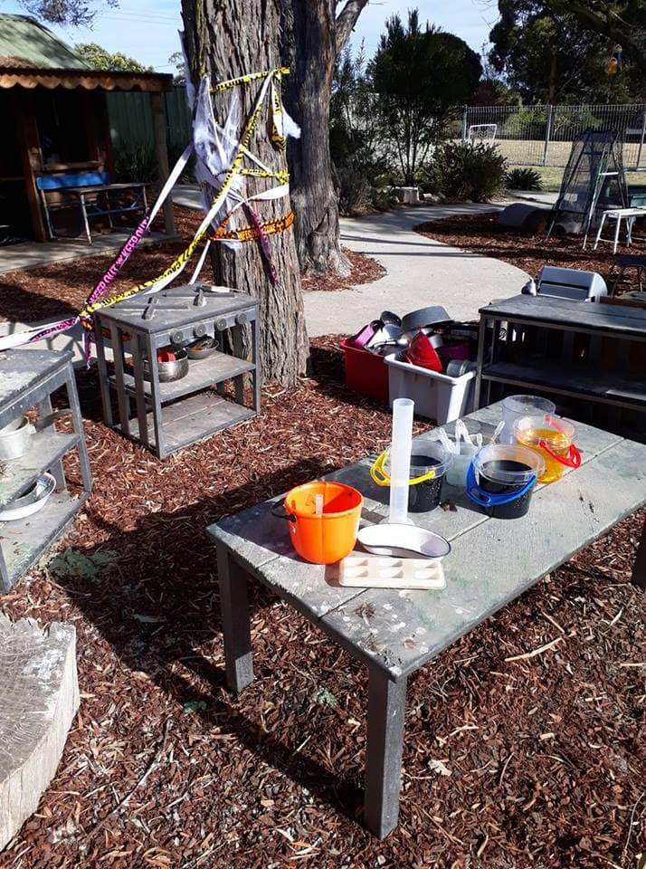 Add interest to the children's outdoor play areas with this inspiring educator compilation of simple mud kitchen and digging play spaces for children by The Empowered Educator.