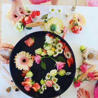 Be inspired to set up invitations to play and learn using simple materials from nature with this collection of photos and ideas from early years educators!